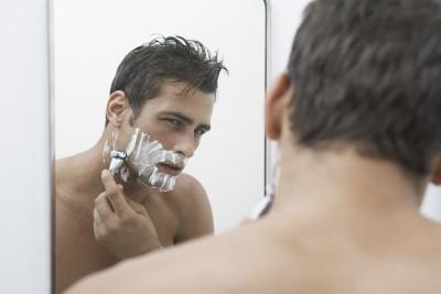 髭剃り負け